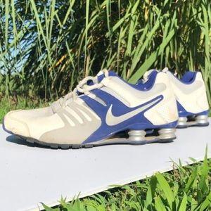 Nike shocks tennis shoes